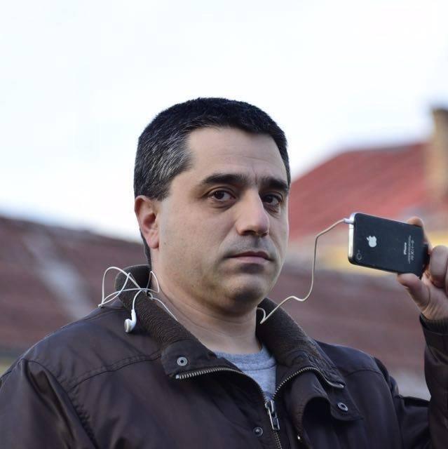 Пострадалият журналист Цветан Фиков