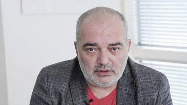 Арман Бабикян скочи срещу съпратийката си Дончева заради обидите й към Слави