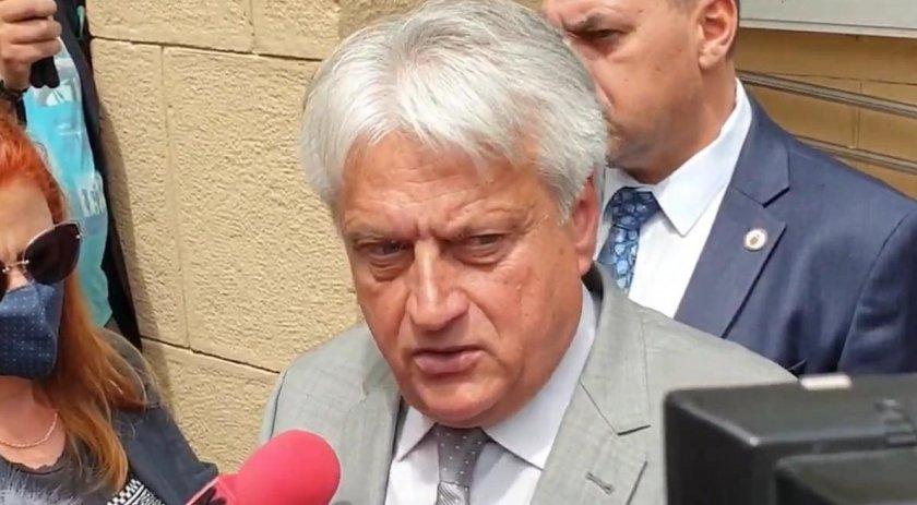 Бойко Рашков остана без покана пак да е министър