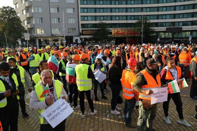 Протестът си издейства 220 млн. за пътища
