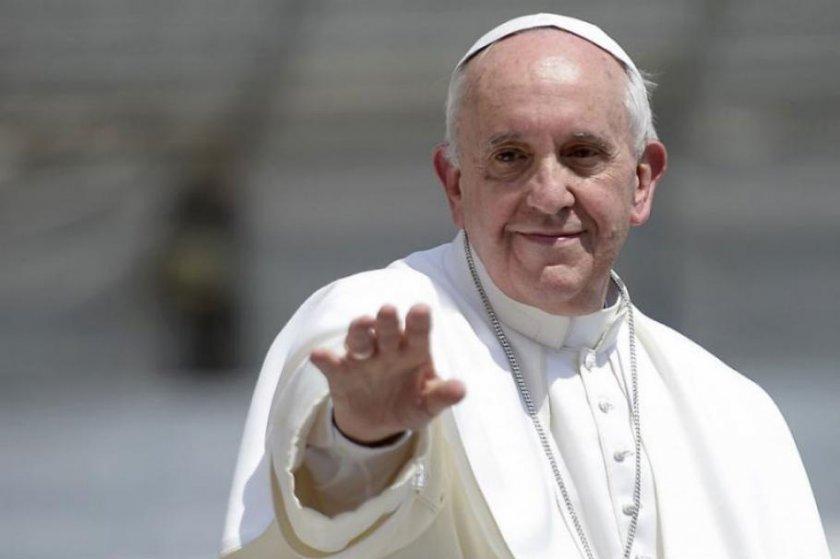 Папата: Поставянето на хора в гето не решава нищо