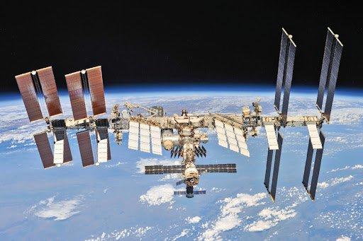Русия снима филм в космоса