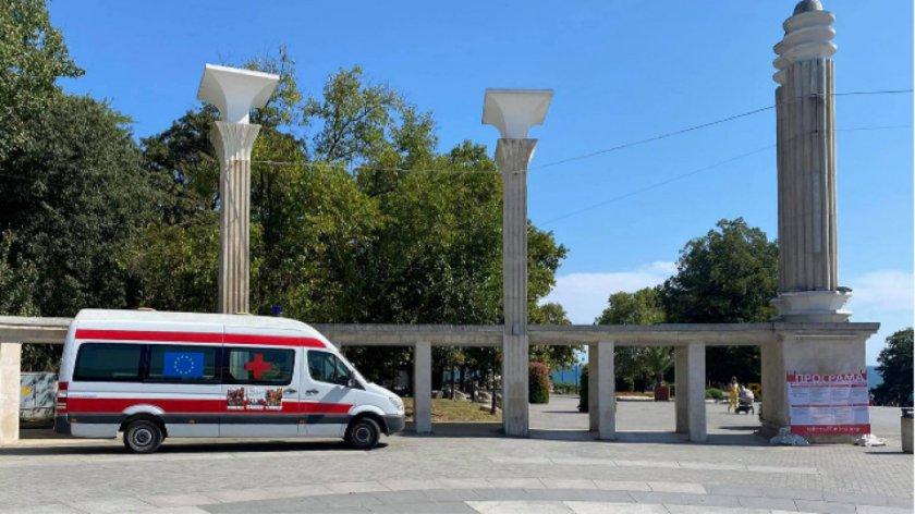 Лекар за нападението на ваксинационния пункт във Варна: Вандалщина!