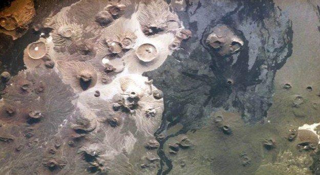 Древни портали в пустинята водят към непознати светове