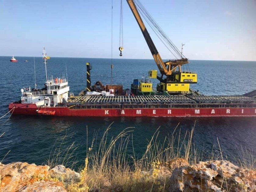 Обезпечиха освобождаването на кораба край Яйлата