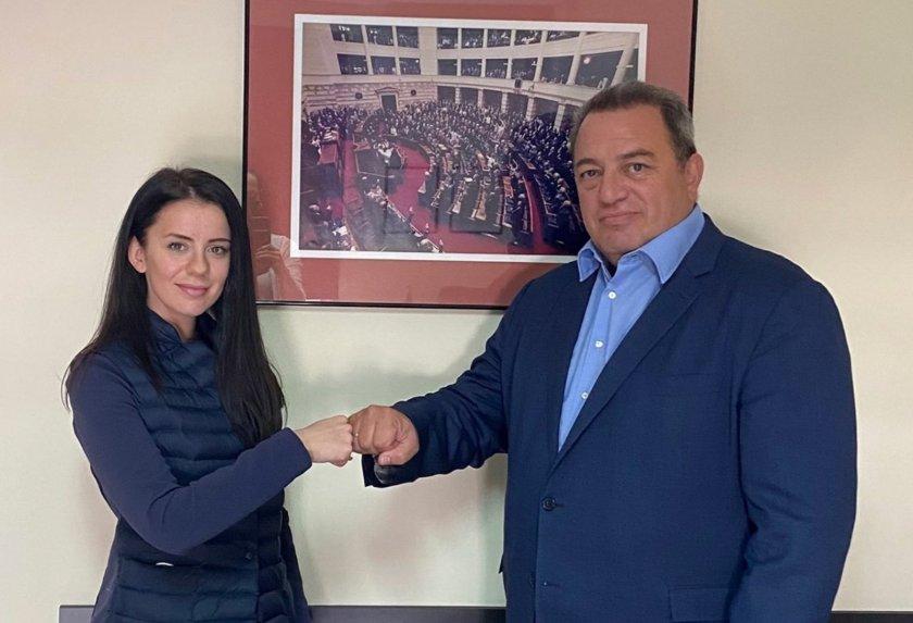 """Гръцки депутат: Време е за рейсове през """"Маказа"""""""
