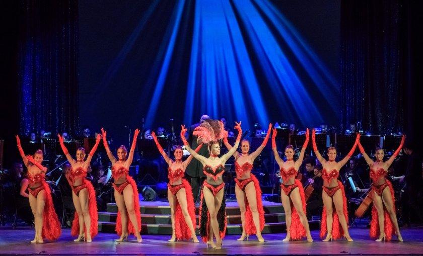Уличният танцьор Крис Методиев - звезда в нов спектакъл на Музикалния театър