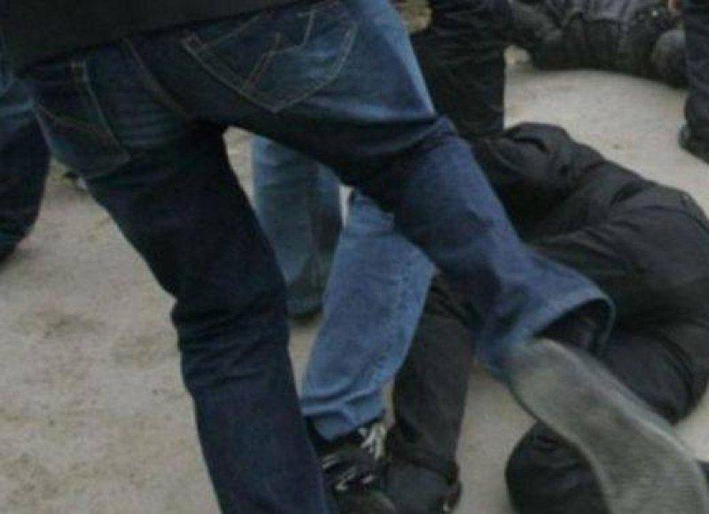 Бой между трима братя в Карлово, включили се и семействата им