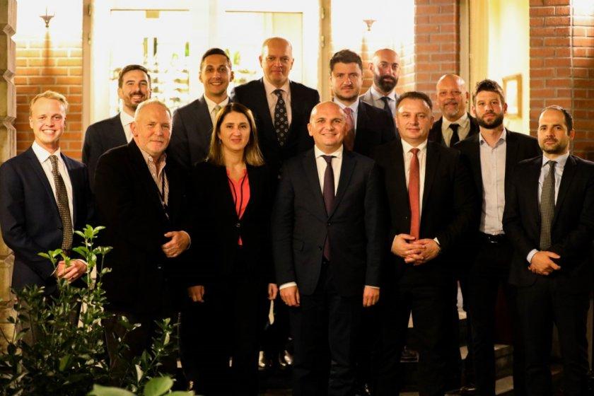 Кючюк за кризата между Сърбия и Косово: Без напрежение, а с диалог