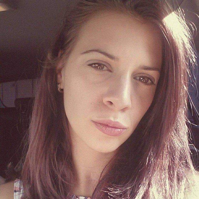 ИЗДИРВА СЕ: Млада жена е изчезнала в столицата