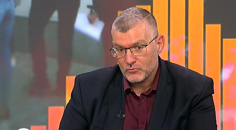 Проф. Георги Момеков: Подаряват на дъщерите си гърди, а не искат да се ваксинират