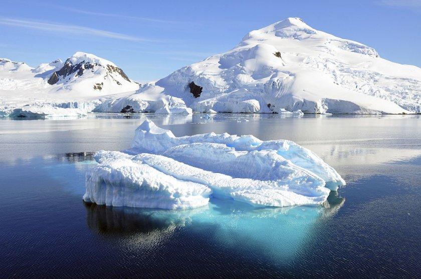 Учени са открили микропластмаса в арктически лед