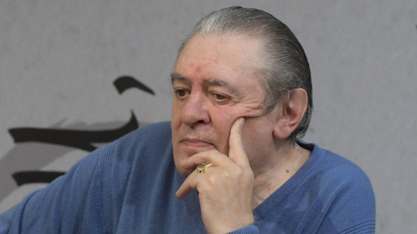 Борисов връща Мишо Белчев с реанимобил от Варна