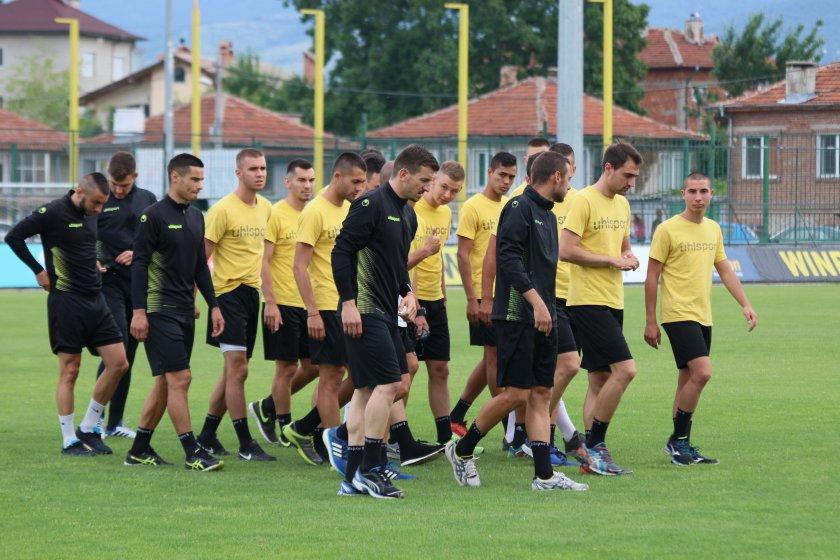 Ботев Пд одруса футболистите със солени глоби