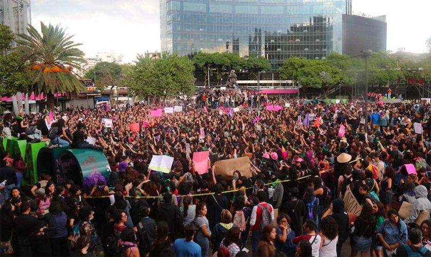 Безредици в Мексико заради полицейски насилници