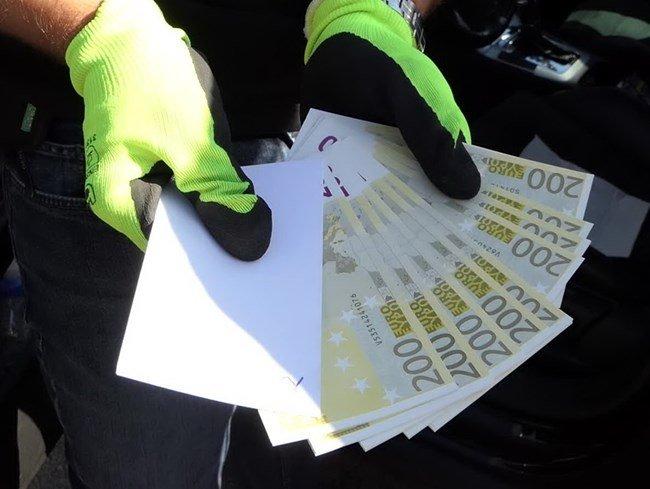 Разбиха група, пласирала фалшиви евро