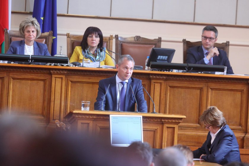 Шефът на ДАНС: Русофил №1 прал пари, искал нова ориентация за България (ОБНОВЕНА)