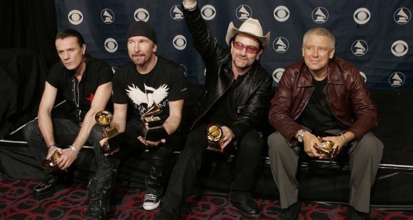 U2 с първи концерт в Индия