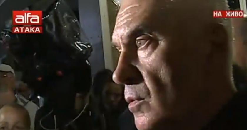 """""""Панорама"""" започна без Сидеров - увещават го 1 час да спре протеста"""