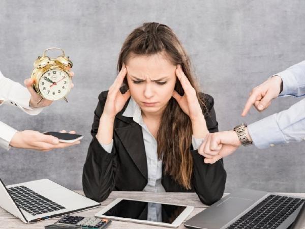 Британците губят по 3 часа седмично в оплакване от работата си