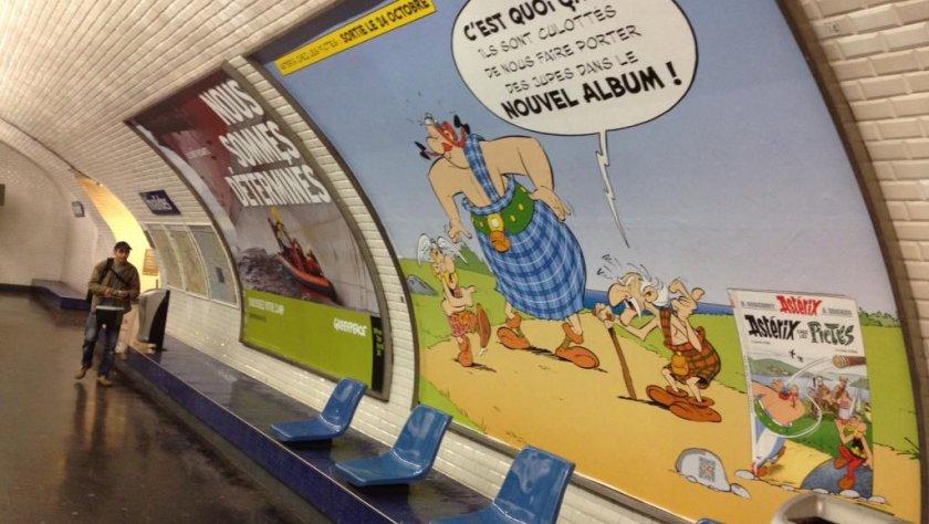 Астерикс завладя парижкото метро