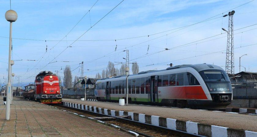 БДЖ се нуждае от 130 локомотива, 350 вагона и 40 мотриси