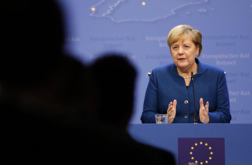 Меркел: Лидерите в ЕС са далеч от споразумение по дългосрочния бюджет