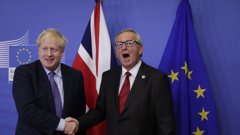 """Политолог: Ако има """"твърд Брекзит"""" ще пострадат и двете икономики"""