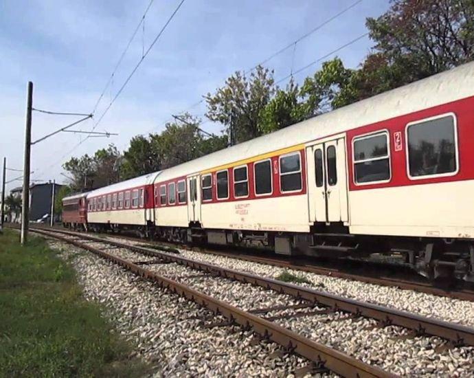 Почина удареният от влак пешеходец