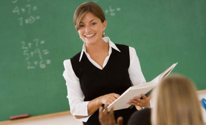 Учителските заплати скачат със 17 %