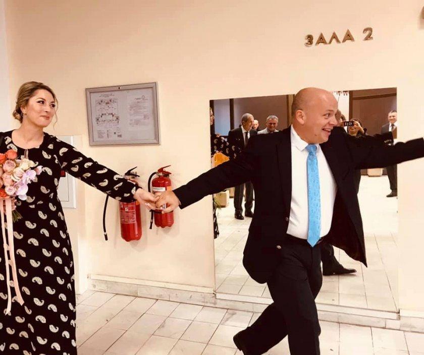 Първо в Lupa.bg: Сашо Симов се ожени!