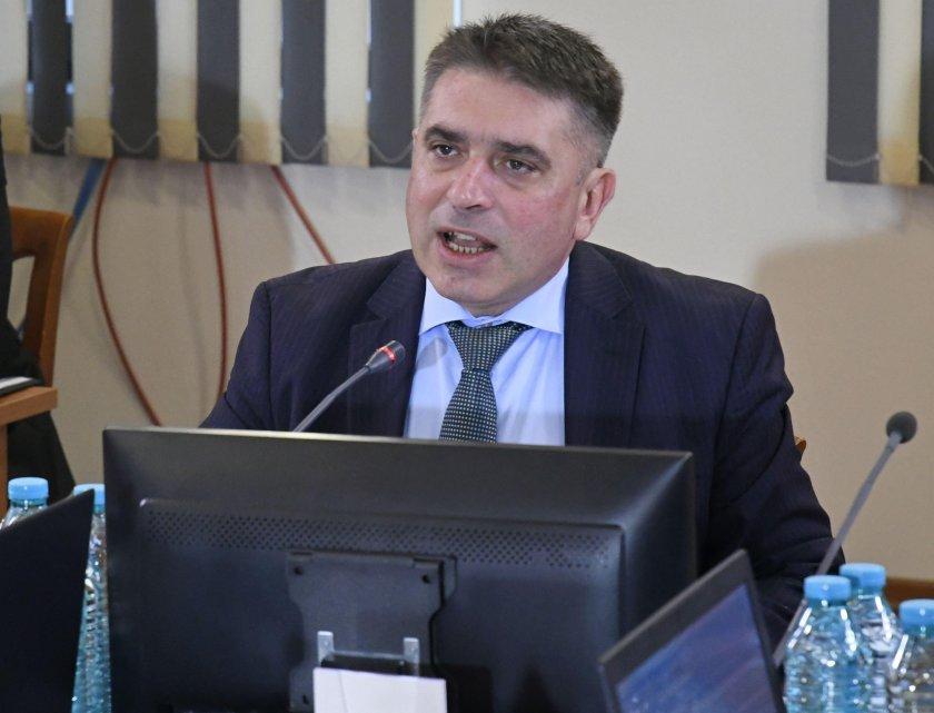 Данаил Кирилов очаква указът за Гешев да се подпише до седмица