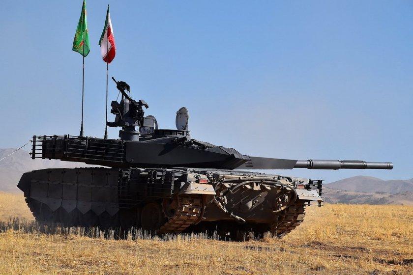 Иран купува изтребители и танкове от Русия и Китай