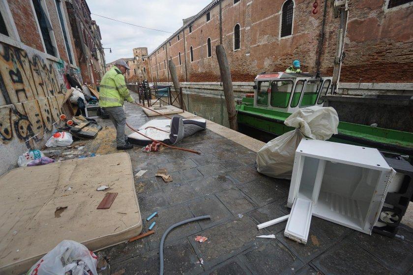 """Катедралата """"Сан Марко"""" е повредена от наводнението във Венеция"""