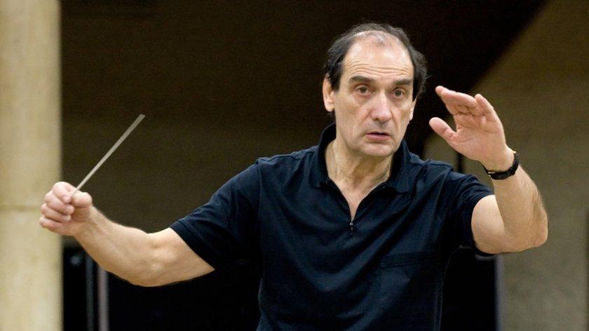 Емил Табаков представя Симфония No 8 на Антон Брукнер