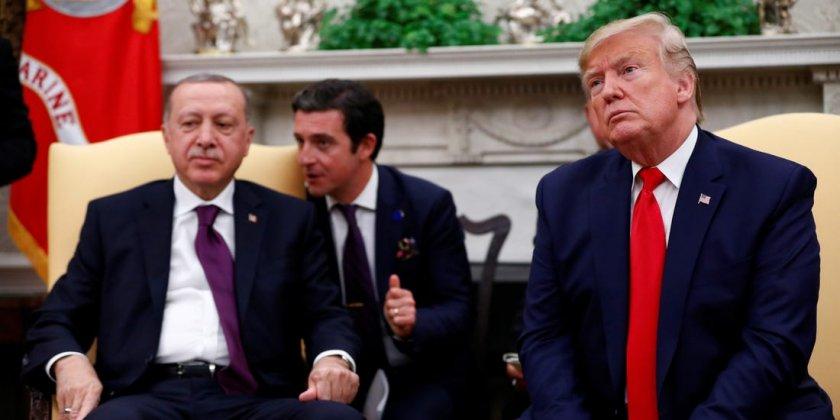 Сенатори искат от Тръмп санкции за Турция