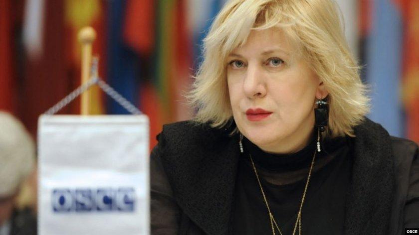 Еврокомисар: Българите тормозят ромите
