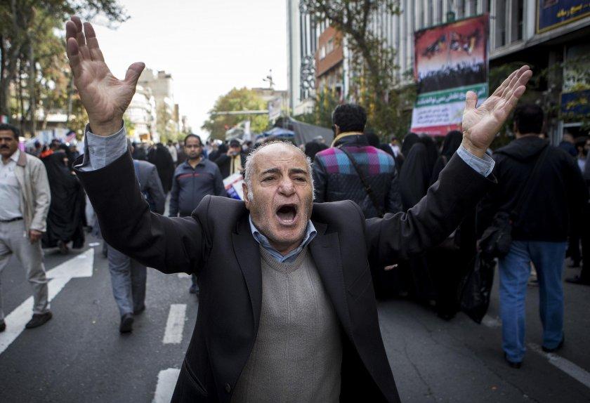 Амнести: Поне 208 трупа след протестите в Иран