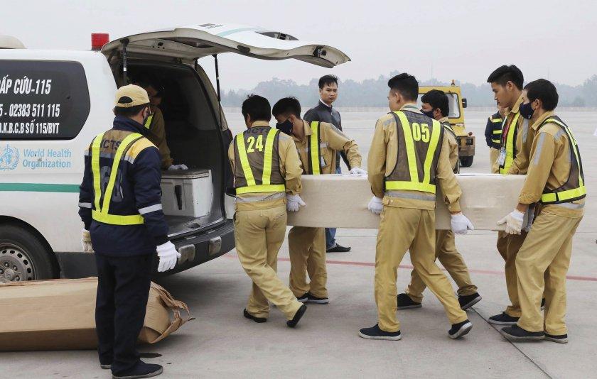 Върнаха във Виетнам телата на жертвите от камиона-фризер