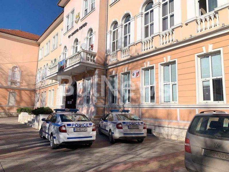 50 минути се опитвали да съживят седмокласничката във Враца