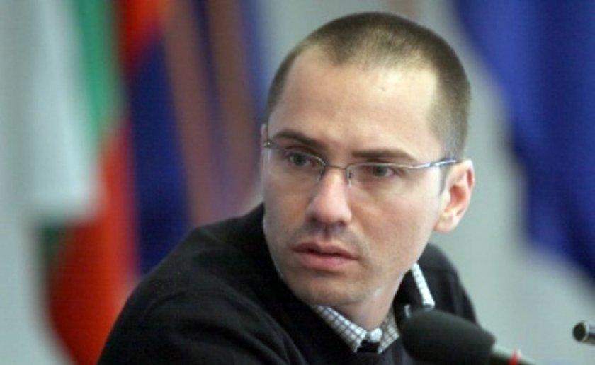 Джамбазки се извини за расистките си коментари