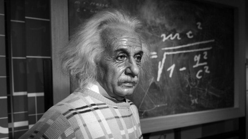 Две момичета са с по-висок коефициент на интелигентност от Айнщайн