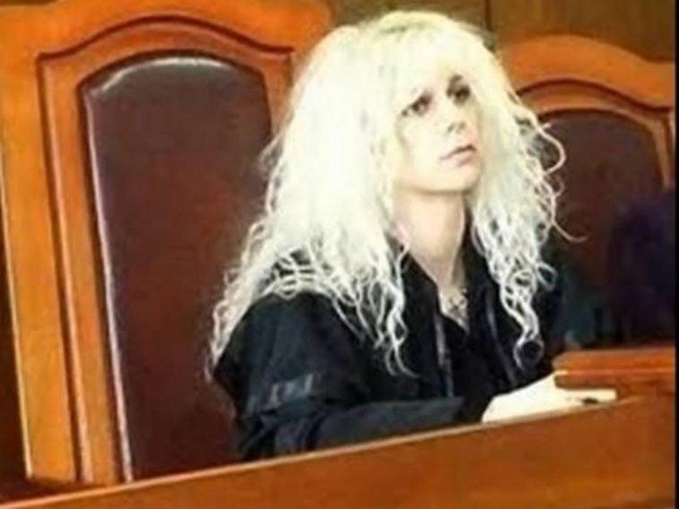 Само в Lupa.bg: Съдия Майа Попова се обесила с колана на халата си за баня