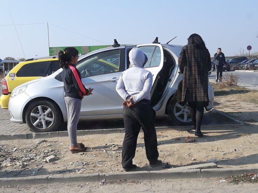 Слух в Бургас: Убитото от кола циганче се метнало само под БМВ-то за пари?