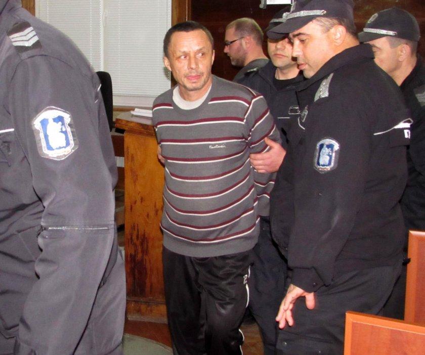 До 10 г. затвор грозят инженера, предизвикал взрива във Ветово