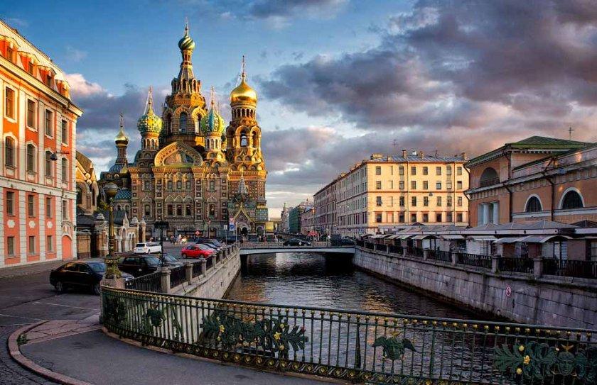 """И """"България Ер"""" вече лети до Санкт Петербург"""