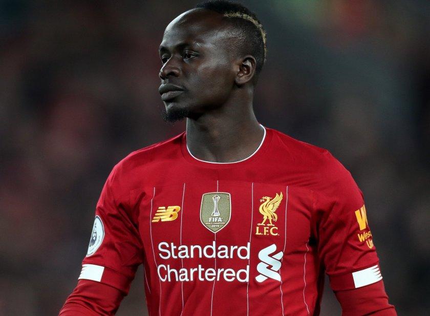 Герой! Футболист издържа цяла провинция в Сенегал