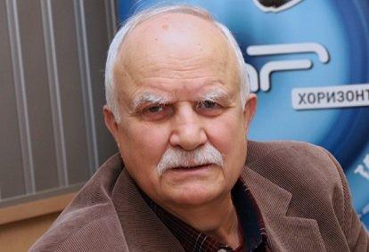 Никола Филчев, бивш Главен прокурор, след това посланик в Казахстан и собственик на плод-зеленчук