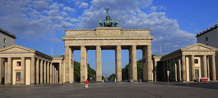Берлин се напълни с бебета Мохамед