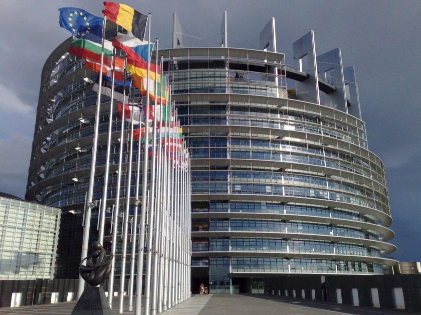 Избор: Европейският парламент - или в Брюксел, или в Страсбург